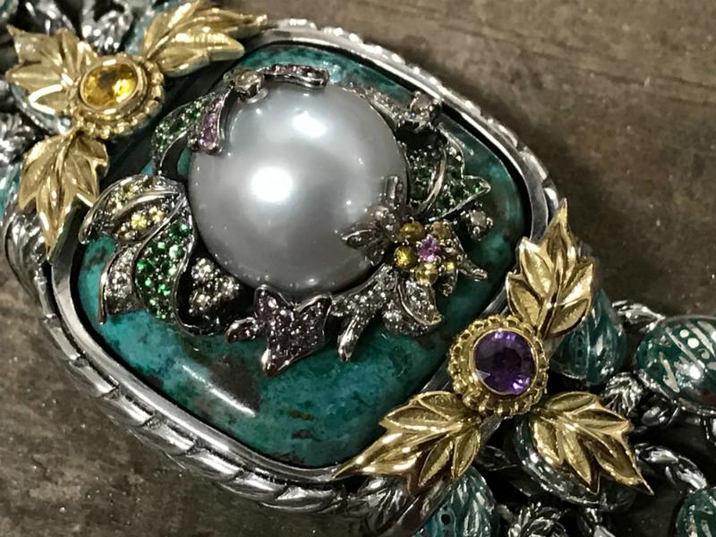 pearl-center-bracelet-resized-for-custom-orders3.jpg